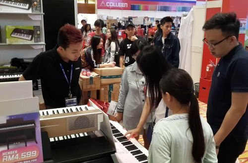 Casio Musical Instruments @ Popular Bookfest 2017